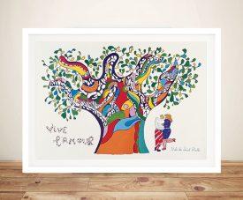 Niki De Saint-Phalle vive lamour Framed Wall Art